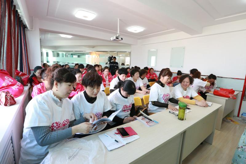 宁夏优厚健康管理(银川爱月宝母婴服务中心)---实训课堂