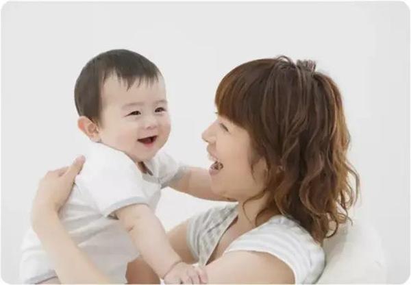 宝宝频繁吐奶?是因为喂奶时你做错了这一步!