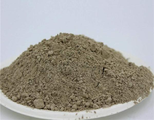 铝盐酸水泥平时使用什么外加剂?