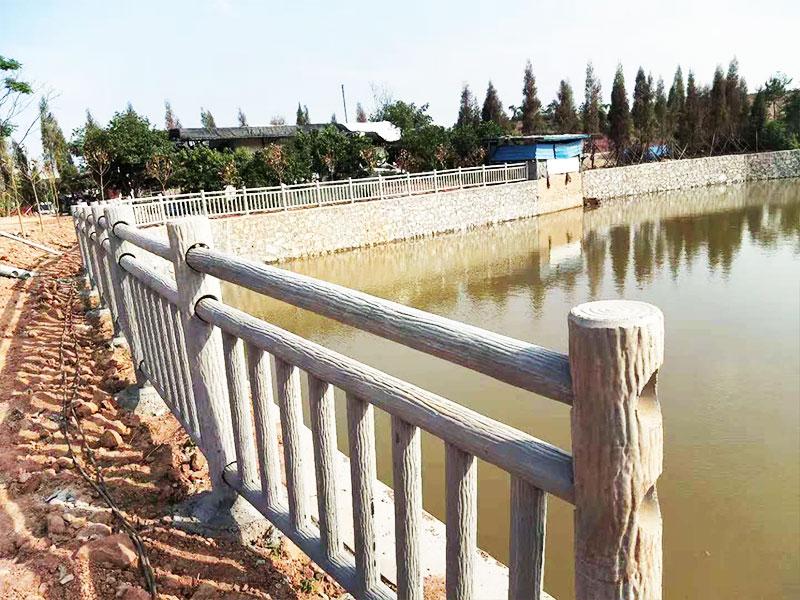 兰州水泥仿竹护栏