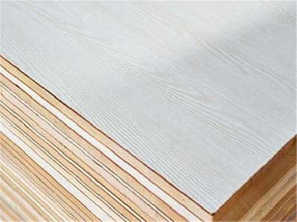 今天小编带大家去了解生态板和颗粒板哪个好?
