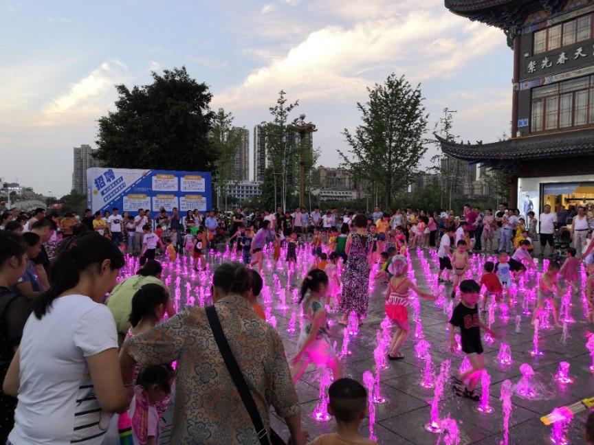 旱地音乐喷泉设计