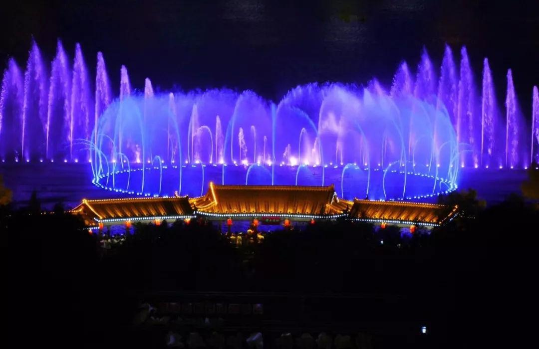 大型湖面音乐喷泉工程