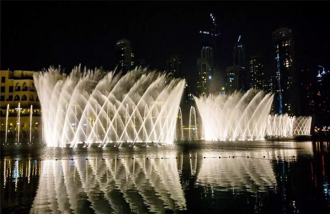 成都大型湖面音乐喷泉