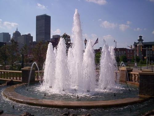 四川水景喷泉厂家哪家好告诉你别让喷泉成为夏季隐患