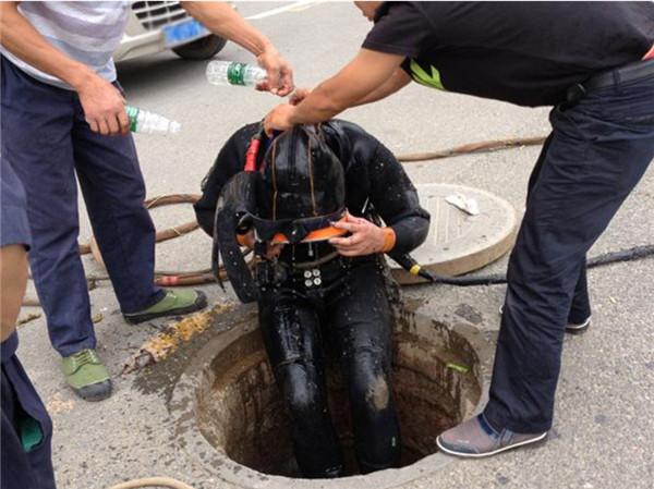 今天榆林厂家的小编给大家介绍管道疏通小妙招,你学会了吗!
