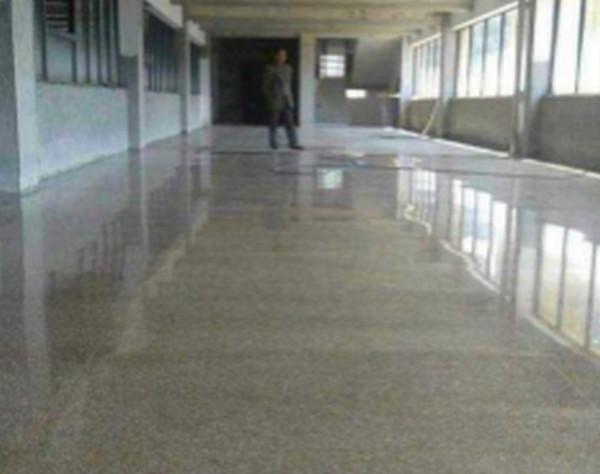 如何更好的减少地坪漆施工产生的废气方法你知道么?