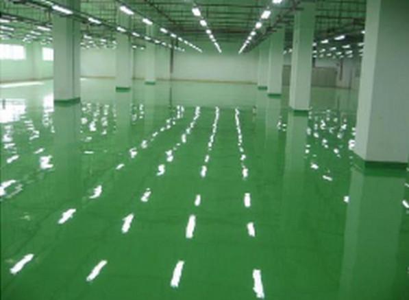 你晓得为何很多工厂车间地面选择做环氧地坪么?