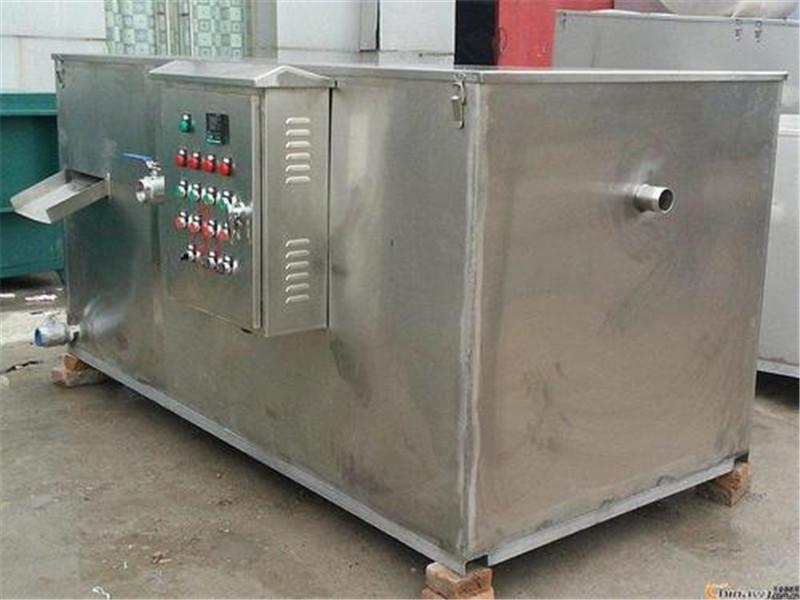 新疆污水提升设备——油水分离器