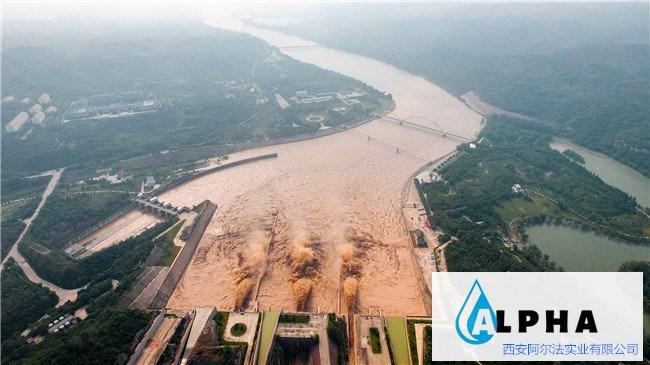 """主汛期水旱灾害防御系列评论之五:""""三个责任人""""必须上岗到位"""