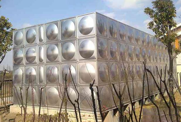 成都不锈钢保温水箱厂家