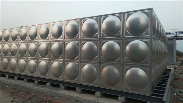 成都不锈钢消防水箱和不锈钢生活水箱的差别