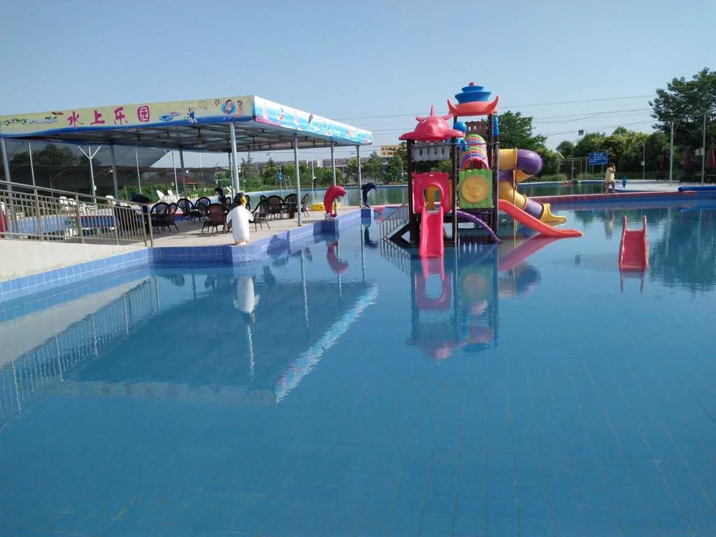 成都游泳池设备厂分析游泳池水处理整套设备有哪些?