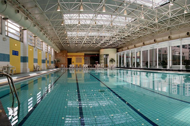 成都游泳池设备厂