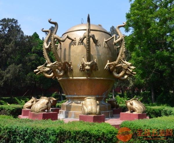 公园雕塑设计制作 公园中的雕塑如何摆放?