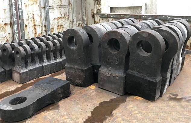 你知道破碎机的锤头能分为几类吗?那么哪种比较耐磨呢?