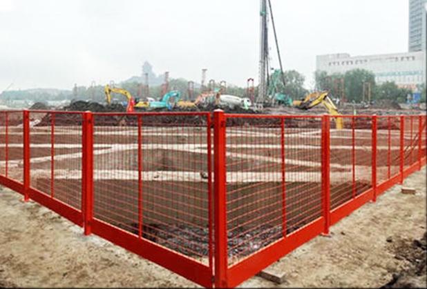 四川基坑临边护栏安装成功案例