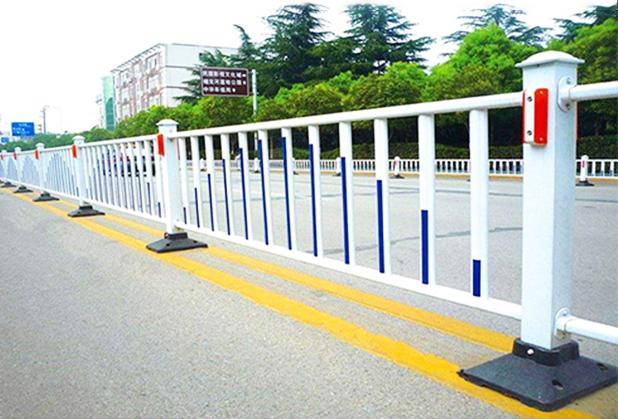 鸿荣发市政护栏