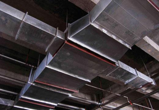 通风管道产品安装现场