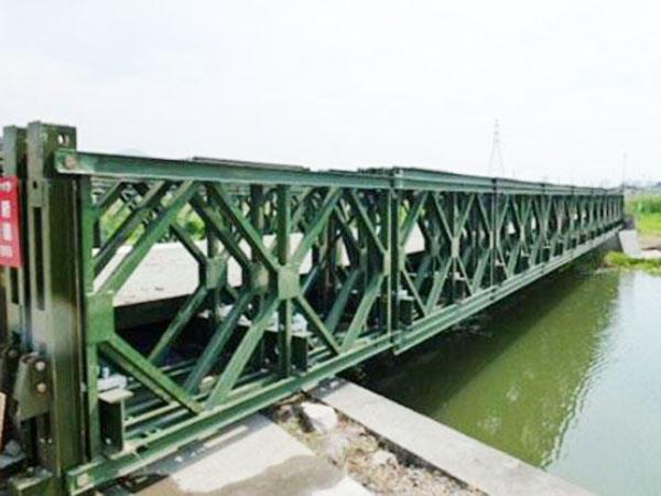 成都贝雷片在桥架斜梁使用注意事项