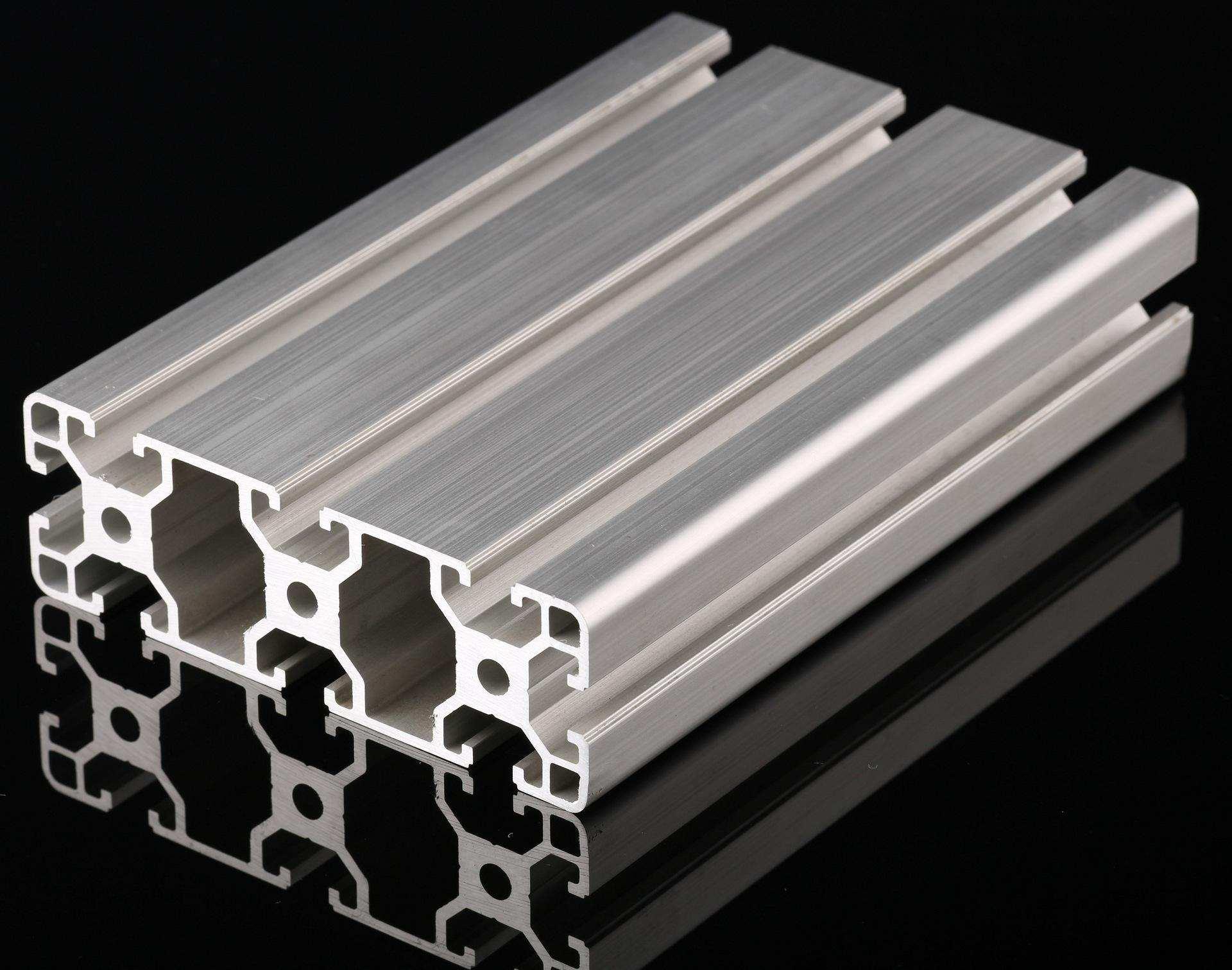 散热片铝型材出现吸附颗粒的主要受铸棒、模具和挤压工艺,这些知识一定要了解!