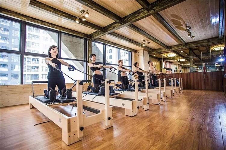 恒合瑞吉来给大家分享普拉提的练习技巧啦,快跟西安瑜伽培训公司来看看