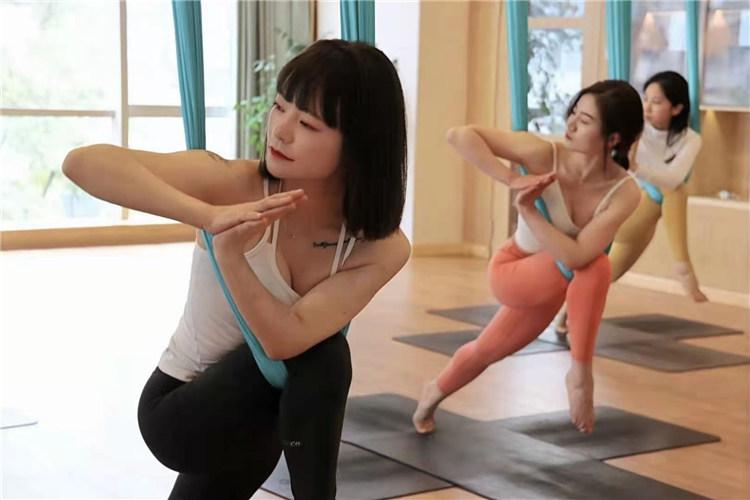我是零基础,学瑜伽教练班难吗?来跟西安零基础瑜伽教练培训公司了解吧