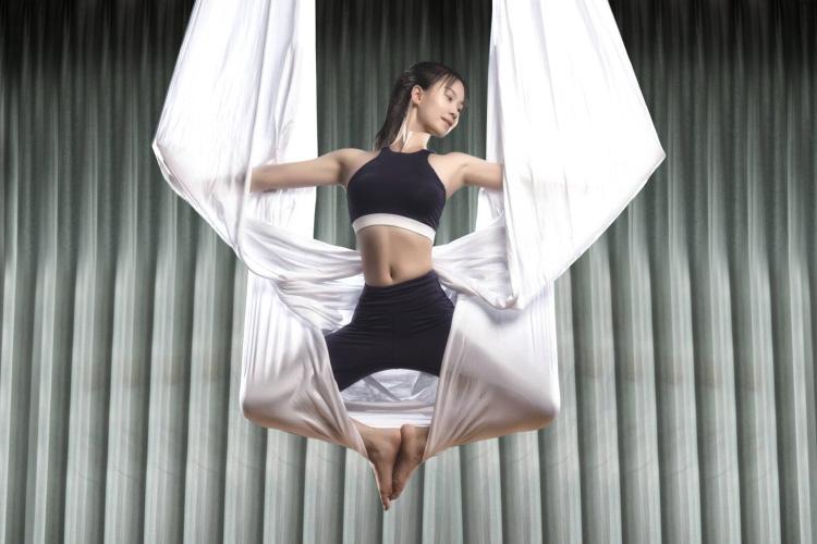 特色提升课程--空中瑜伽培训