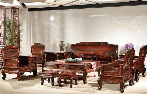 大红酸枝家具为什么很值钱,你知道原因吗?
