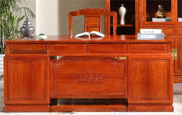 你知道大果紫檀花梨木家具的特点和保养方法吗?