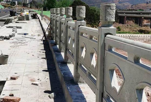 小贴士:安装西昌仿木栏杆的方法和要求