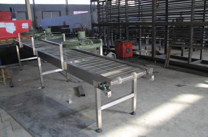 不锈钢网带在网带输送机产品的用途