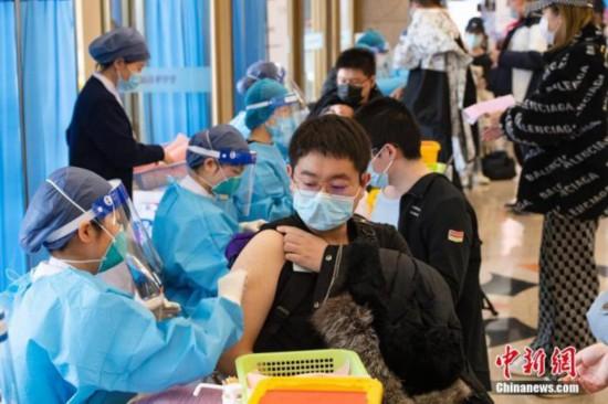 截至3月14日,我國已接種新冠病毒疫苗6498萬人次