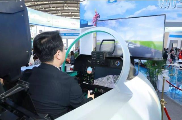翔辉机电向你讲解西安飞行训练模拟器的优缺点都有哪些?