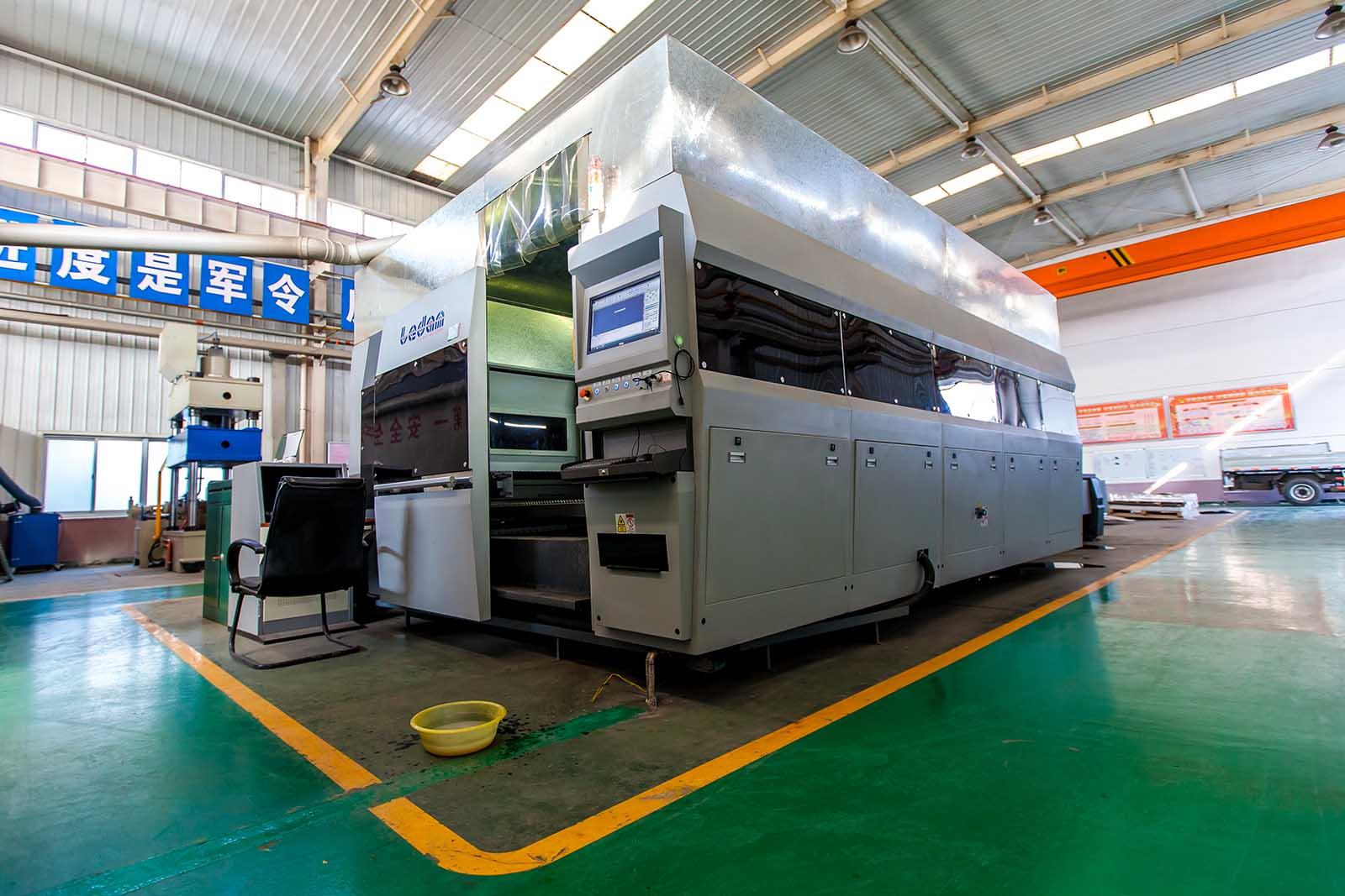 西安翔辉机电科技有限公司光纤激光切割机