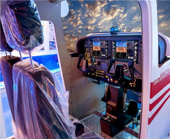 飞行员模拟训练舱-飞行模拟器训练机