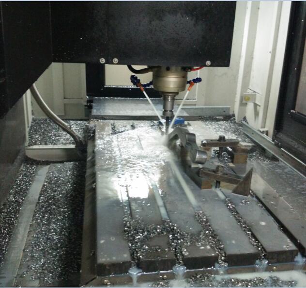 教你五步玩转CNC数控机床