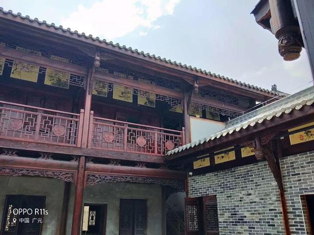 建了不亏的四川仿古四合院,古色古香新的设计让青砖和木材更有魅力