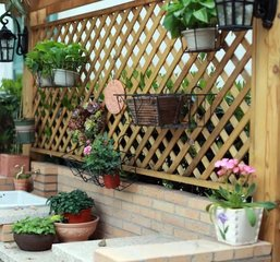 木质花墙、花箱