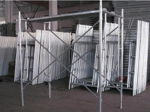 成都钢管架出租搭建怎么正确建立钢管架子管?
