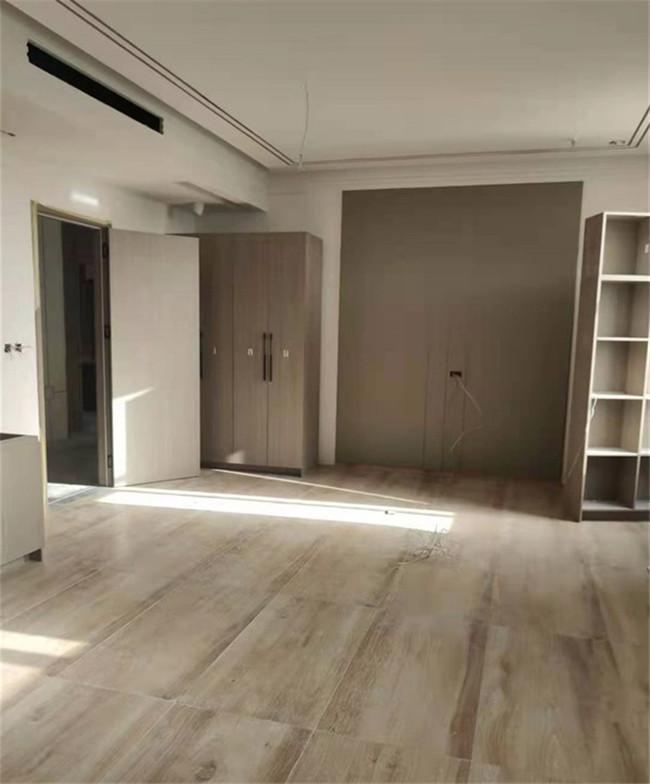 全屋定制中的卧室和客厅该如何选择的