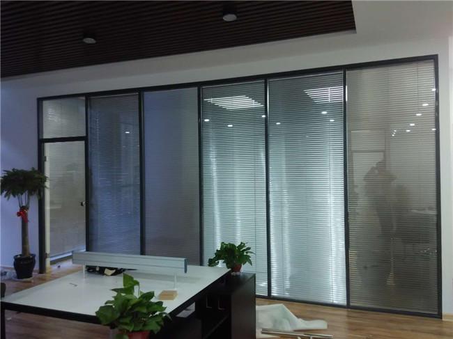 内置百叶隔断的优点有哪些 双玻璃百叶隔断如何选购
