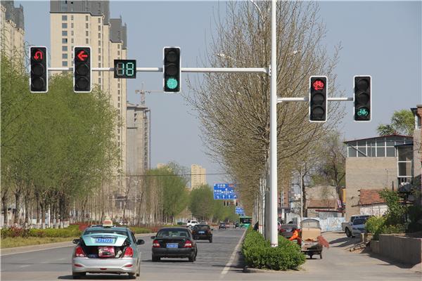 陕西红绿灯杆