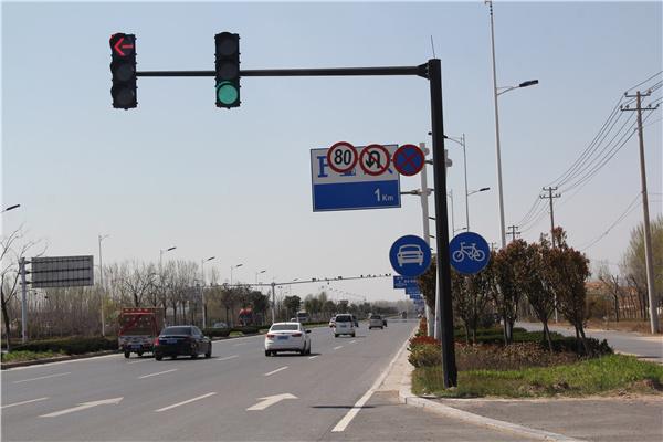 山西红绿灯杆