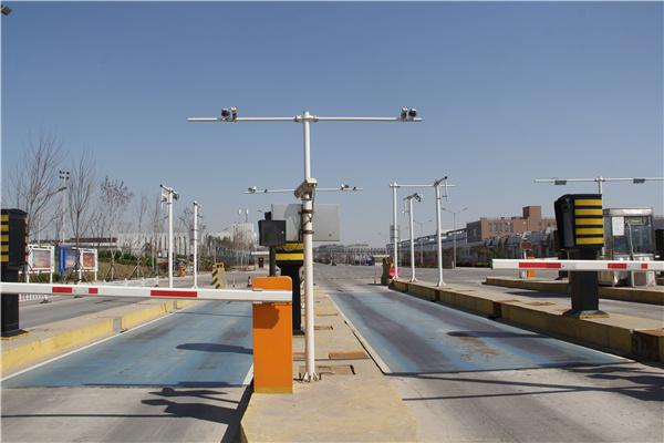 安装道路监控立杆的时候需要注意哪些事项?