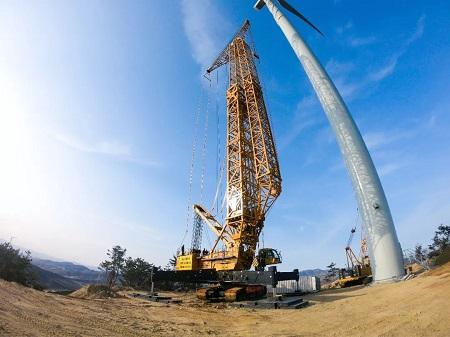 如何阻制风电吊装时机组塔筒的涡激振动?