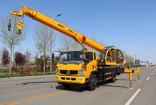 汽车吊160吨