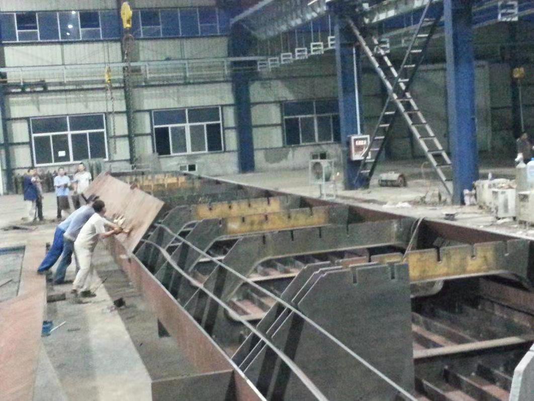建筑钢结构施工