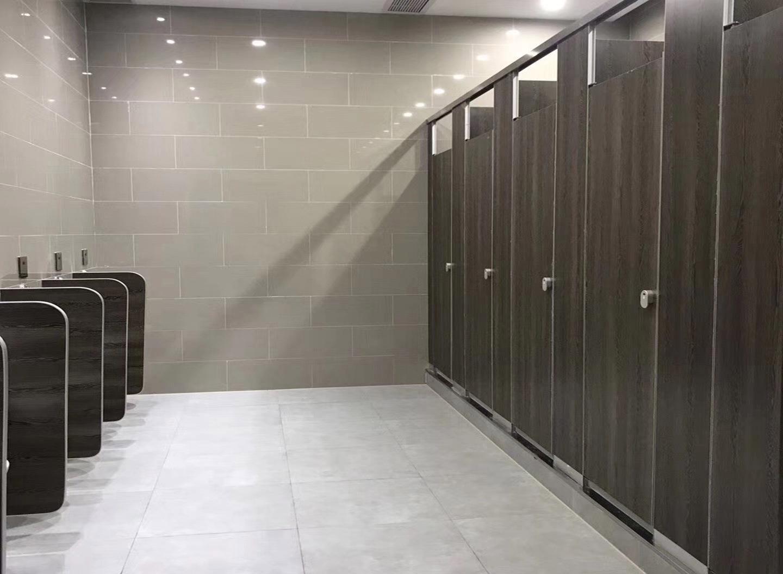 四川学校厕所隔断安装注意事项介绍