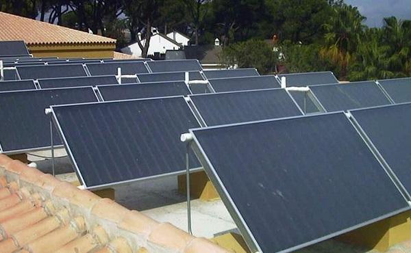 太阳能板维修